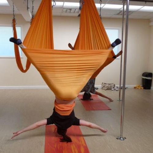 Aerial Yoga - skirted star