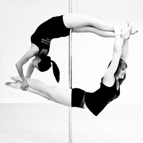 Pole doubles - Laura and Vicky
